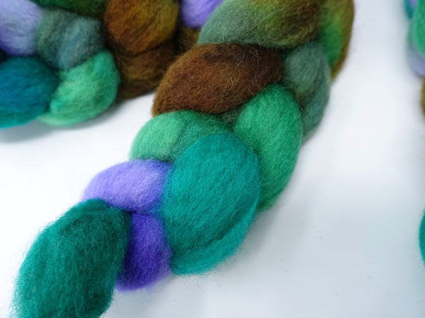 Cambrian Wool, Hand Dyed Variegated & Repeating. Welsh x BFL Wool, 100g.