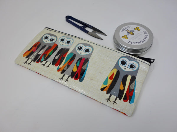Small Zipper Pouch-Hoo's Next? (Blue Q)