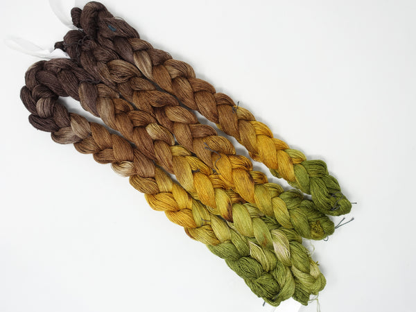 Hand Dyed Gradient Warp- Tussah Silk 2/20NM ~1000m per 100g. 210ends. ~2.2m or 5m length.