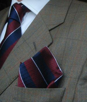 Queen's Dragoon Guards Silk Non Crease Pocket Square - regimentalshop.com