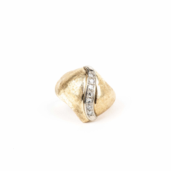 Pre-Owned Diamond Florentine Dome Ring