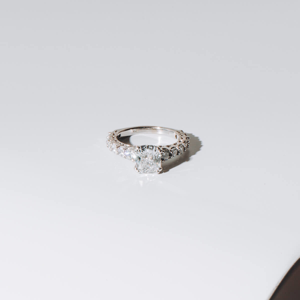 Pre-owned 1.58ct cushion engagement ring
