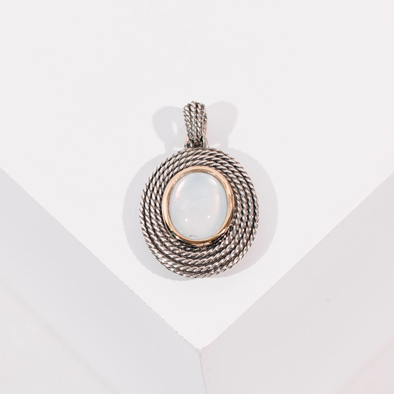 PRE-OWNED DAVID YURMAN MOTHER OF PEARL AND MILKY QUARTZ COIL ENHANCER