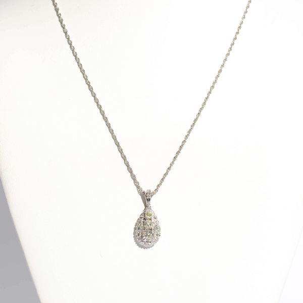 Pre-Owned Diamond Pendant