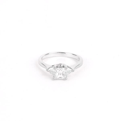 Pre-Owned Ladies Diamond Engagement Ring