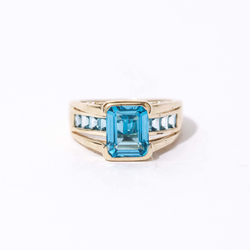 Pre-Owned Blue Topaz Ring