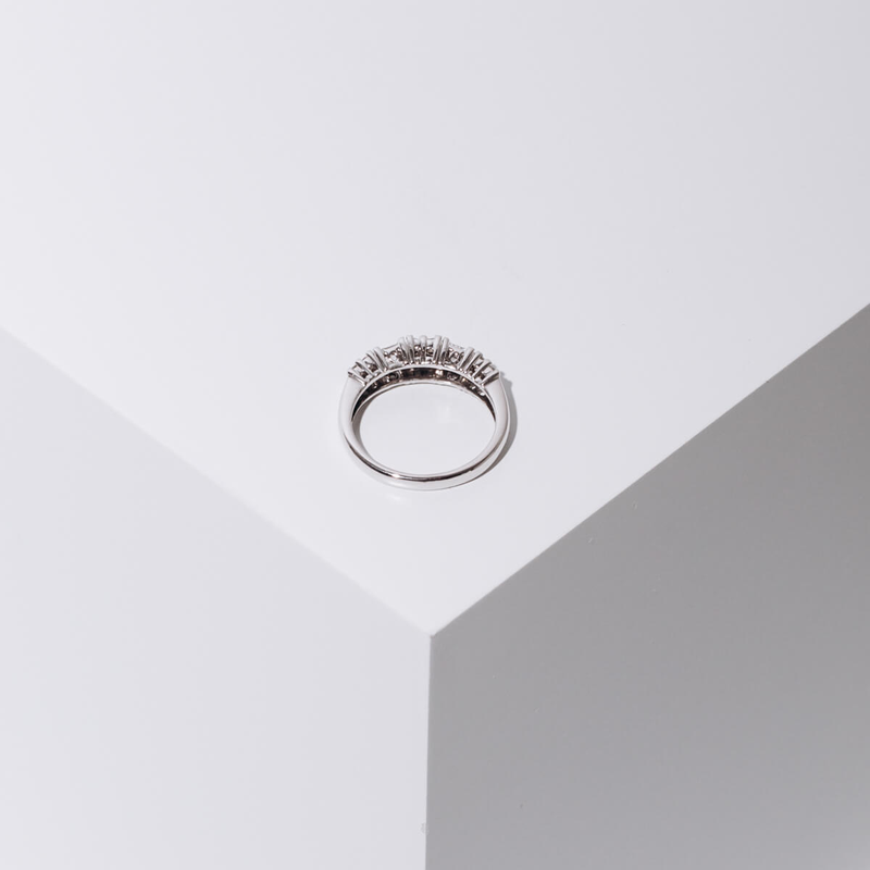 Pre-owned wedding band