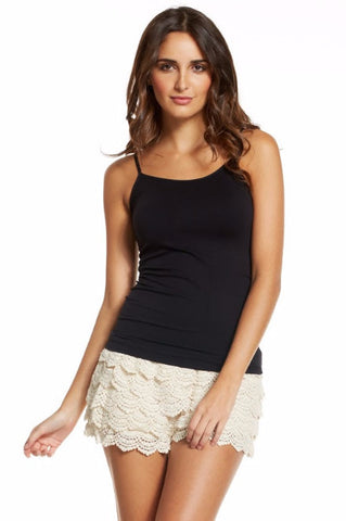 Elan Cruise Scallop Lace Shorts