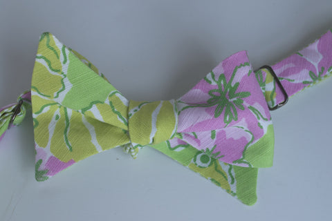 Designer Green Seahorses with Pink Flowers