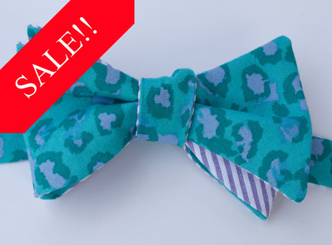Turquoise Cheetah Bow Tie