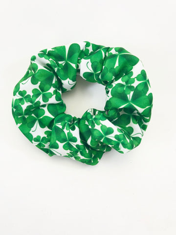 Shamrock on White - Scrunchie