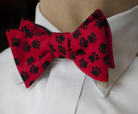 red paws bow tie