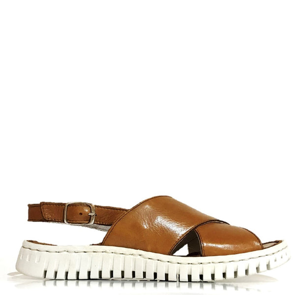 Myo Maddie Cross-Over Sandal in Cuoio