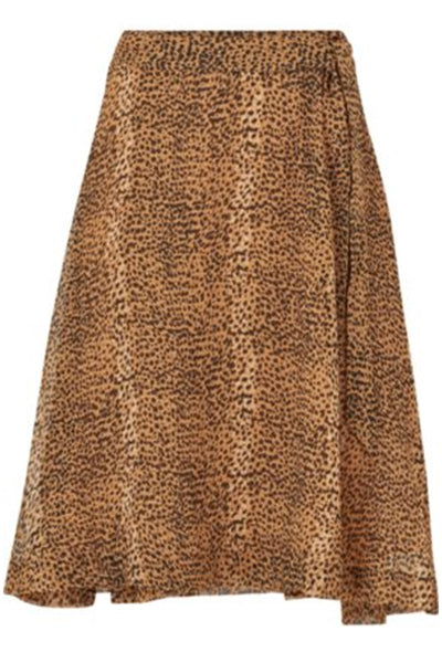 A cool flowy skirt by InWear. The elastic at the waist ensures a comfortable fit. Features an allover leopard print. Falls to below the knee.  100% Polyester