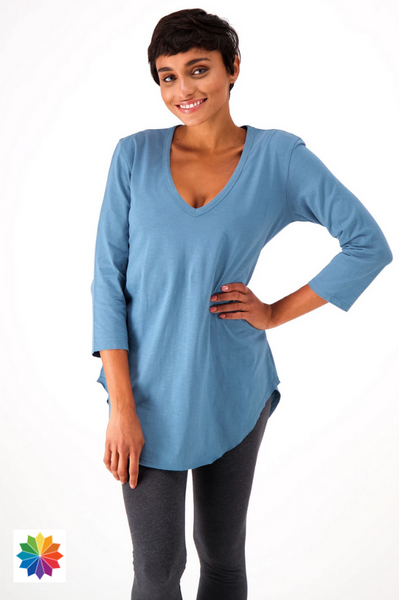 The Good Tee Relaxed ¾ Sleeve V-neck T-Shirt