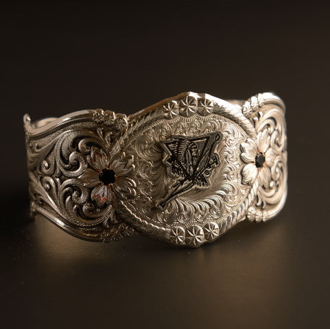 Happy Canyon Montana Silversmiths Cuff with Emerald Stones
