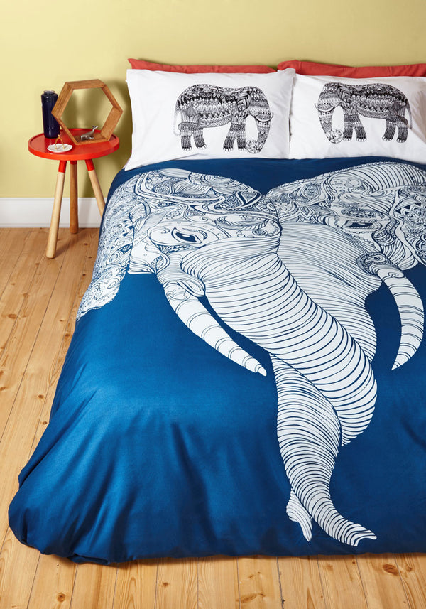 Punch Trunk Love Queen Duvet Cover