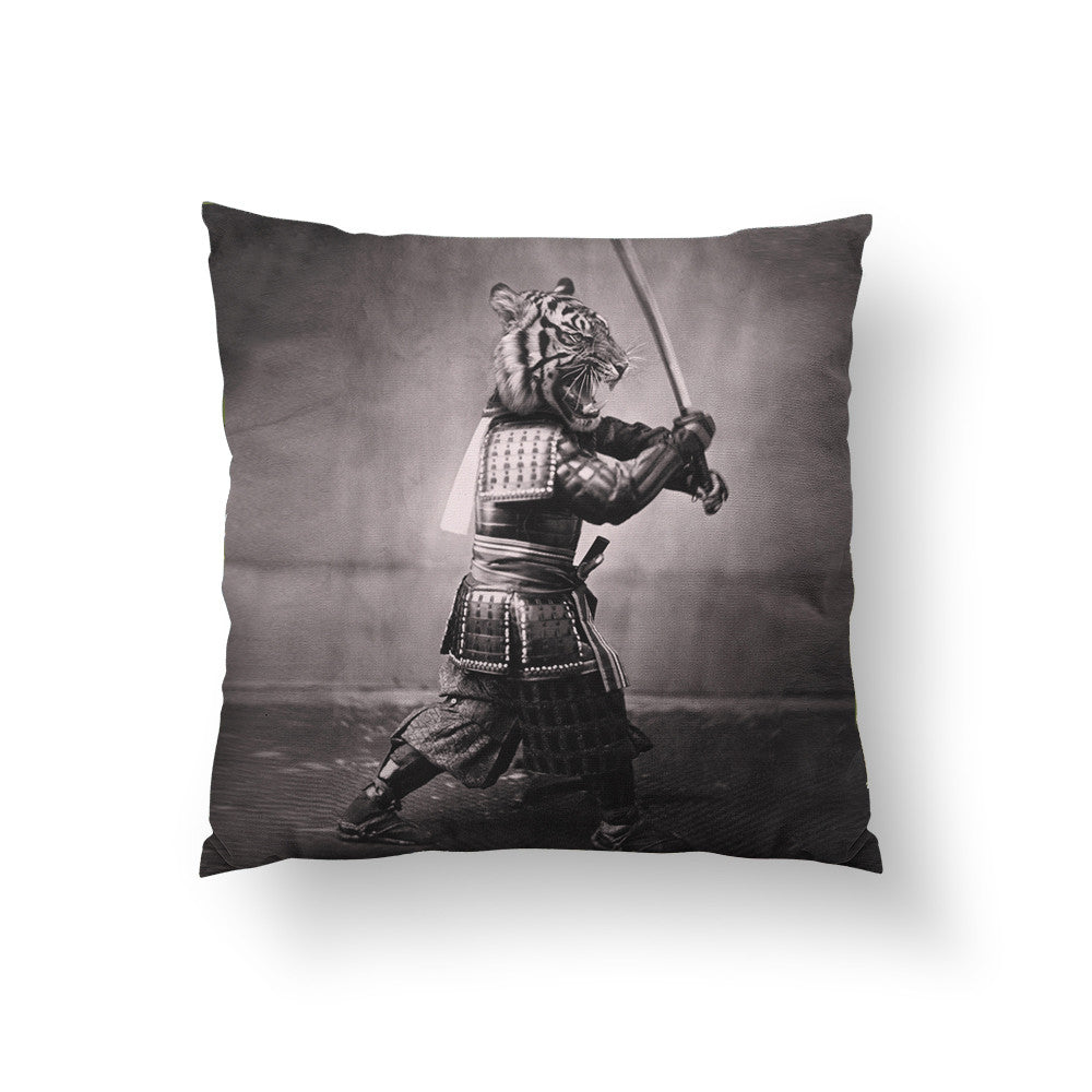 Samuria Tiger Throw Pillow