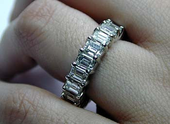 10.10ct Emerald cut Diamond ETERNITY Wedding Ring 18kt White Gold JEWELFORME BLUE