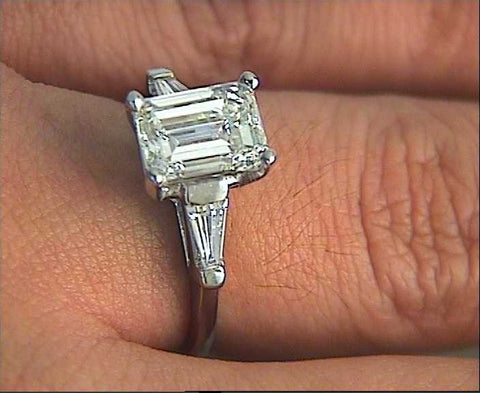 2.10ct G-VS2 EMERALD CUT DIAMOND ENGAGEMENT PLATINUM  GIA certified JEWELFORME BLUE