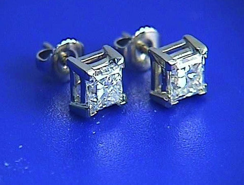 1.02ct Princess Diamond Earrings studs 18kt white Gold JEWELFORME BLUE 900,000 GIA EGL certified diamonds