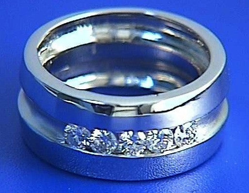 0.75ct Round Diamond Men's Ring JEWELFORME BLUE