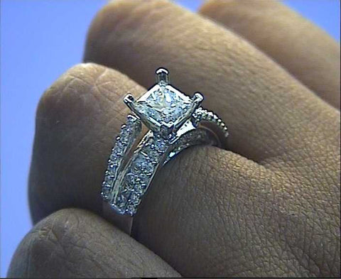 2.77ct Princess Cut Diamond Engagement Ring 18kt white gold JEWELFORME BLUE
