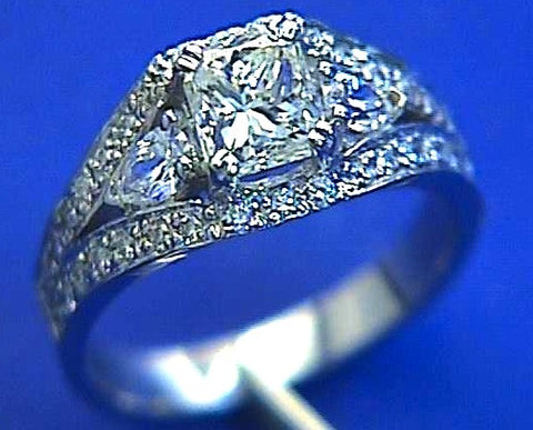 2.08ct Radiant Diamond Engagement Ring GIA certified 18kt White Gold JEWELFORME BLUE