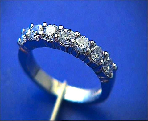 1.05ct Round Diamond Wedding Ring 18kt White Gold JEWELFORME BLUE