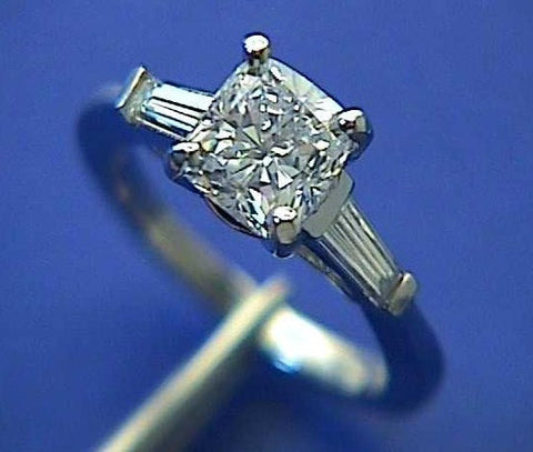 2.27ct G-VS2 Cushion Cut Diamond Engagement Ring GIA certified JEWELFORME BLUE