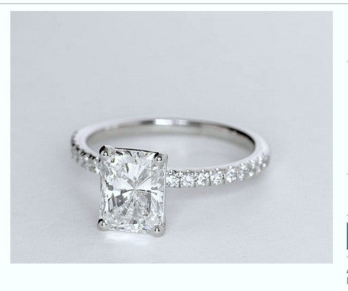 1.26ct Radiant Diamond Engagement Ring 18kt GIA certified