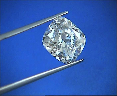 0.90ct H-VVS2 Cushion Diamond Loose Diamond GIA certified JEWELFORME BLUE