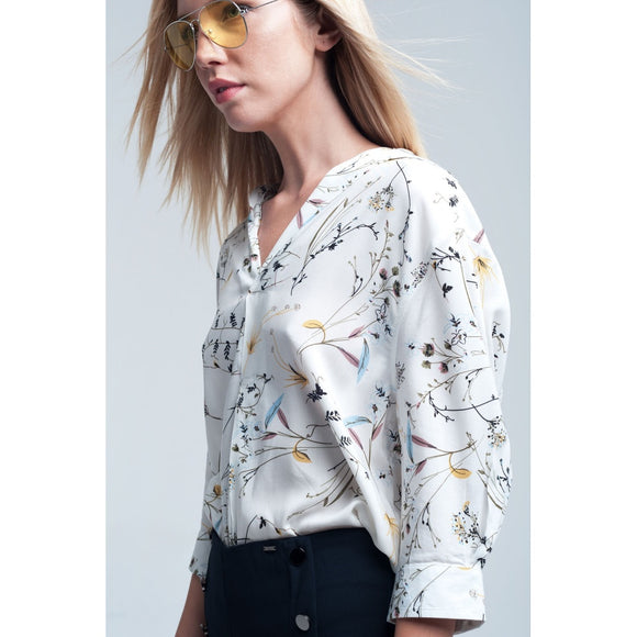 White blouse printed flowers