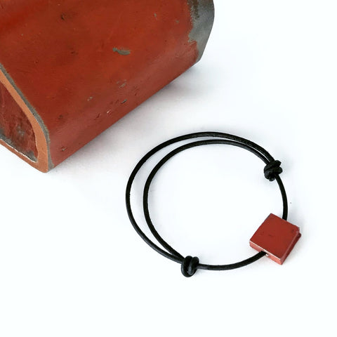 GGB Leather Slipknot Bracelet