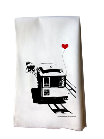 SF Lover's Cable Car tea towel