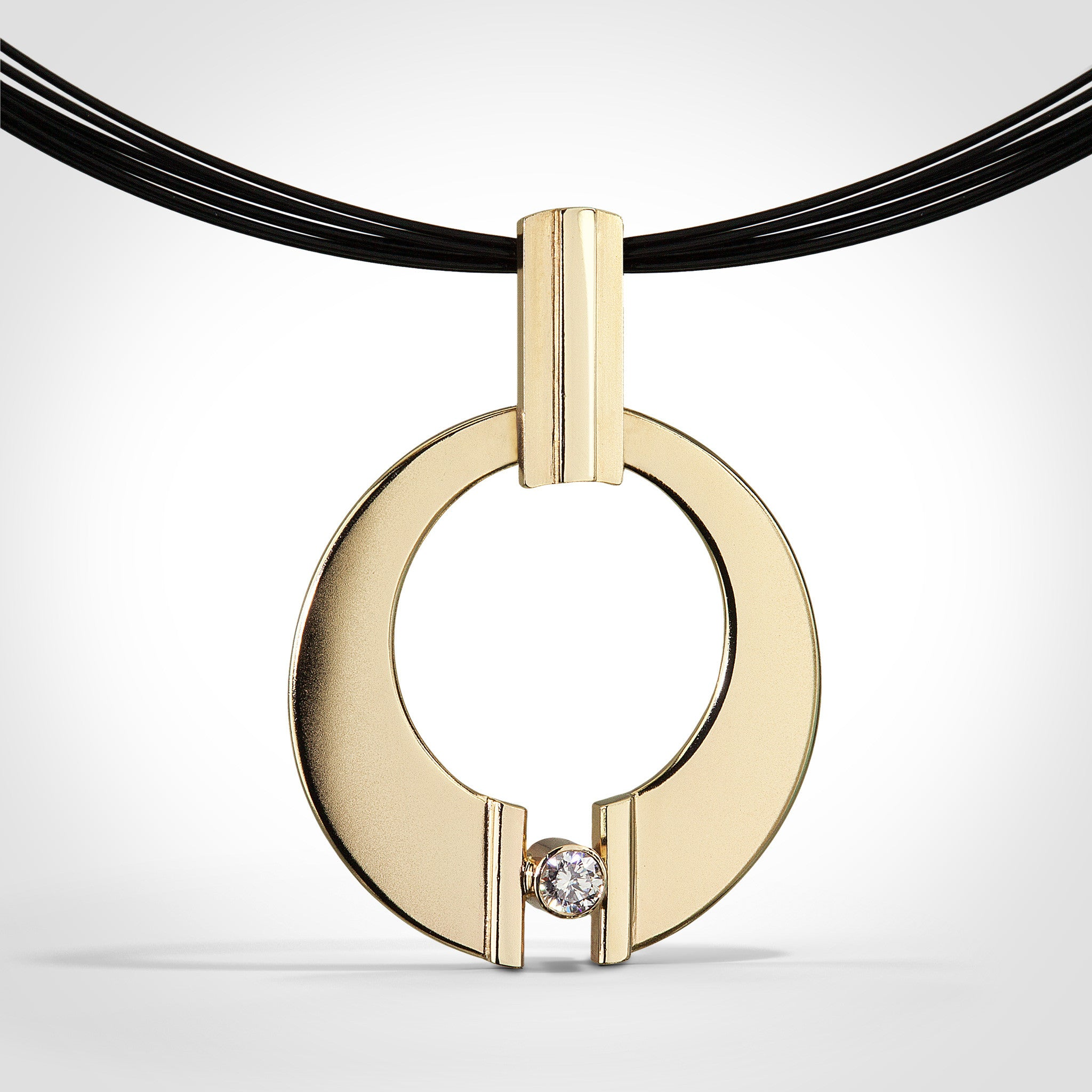 Albion - 14k yellow gold / diamond pendant