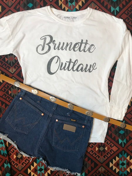 [SUMMER SALE] Brunette Outlaw White Long Sleeve