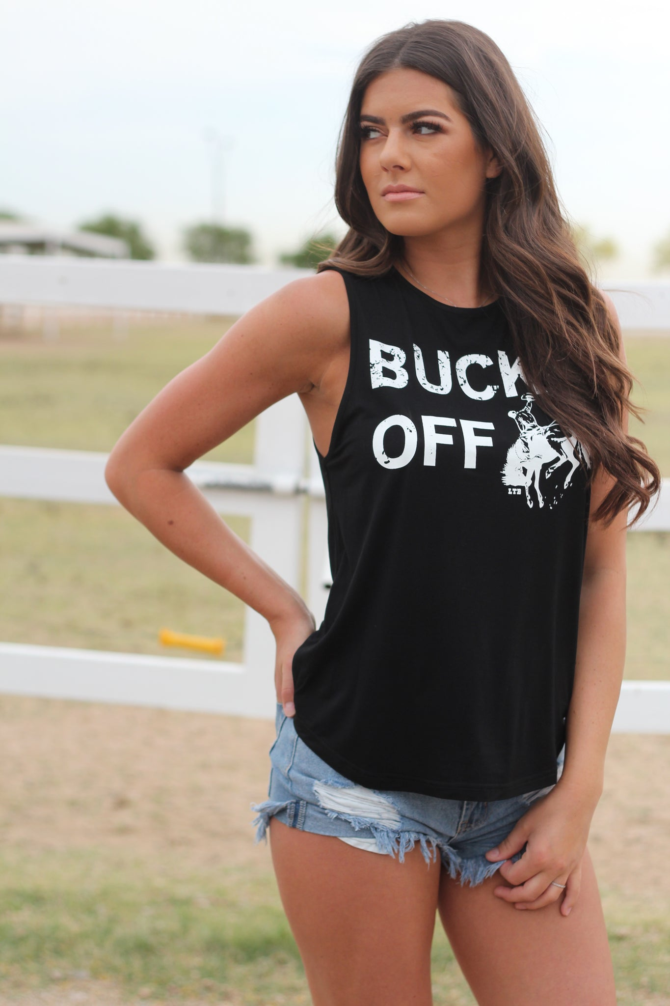 Buck Off Signature Tank 2.0