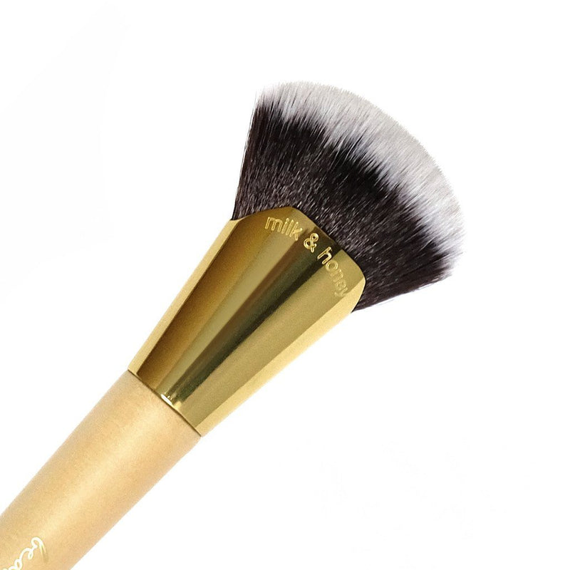 Milk & Honey Brush | Bakeware Makeup Brushes by Beauty Bakerie Cosmetics Brand