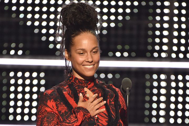 Alicia Keys VMA MLK Tribute