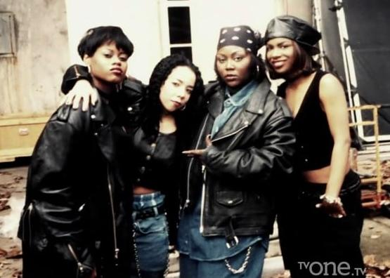 Xscape Fashion