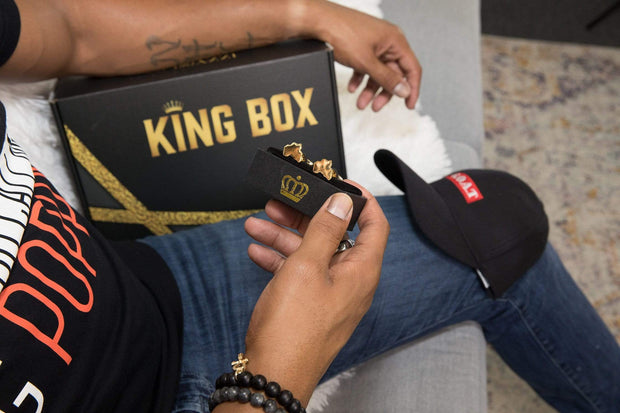 The King Box - Izzy & Liv - subscription2