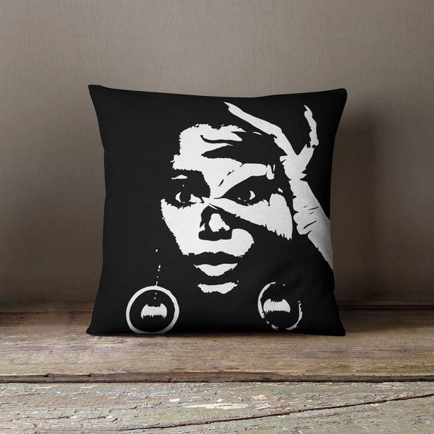 Donyale Throw Pillow - Izzy & Liv - pillow
