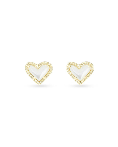 Kendra Scott Ari Heart Gold Stud Earrings In Ivory Mother-Of-Pearl
