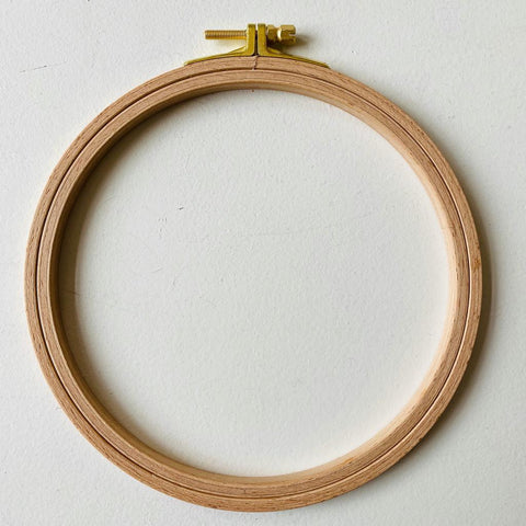 Nurge 8mm Screwed Embroidery Hoop (various sizes)