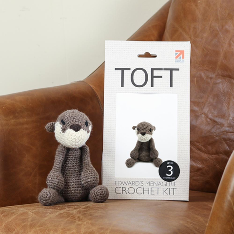 Toft Natalie the Otter Crochet Kit Jumbo