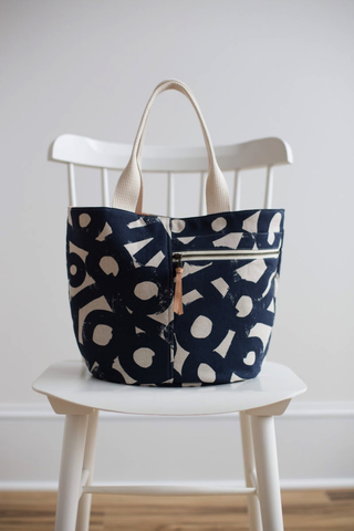 Noodlehead Crescent Tote Sewing Pattern