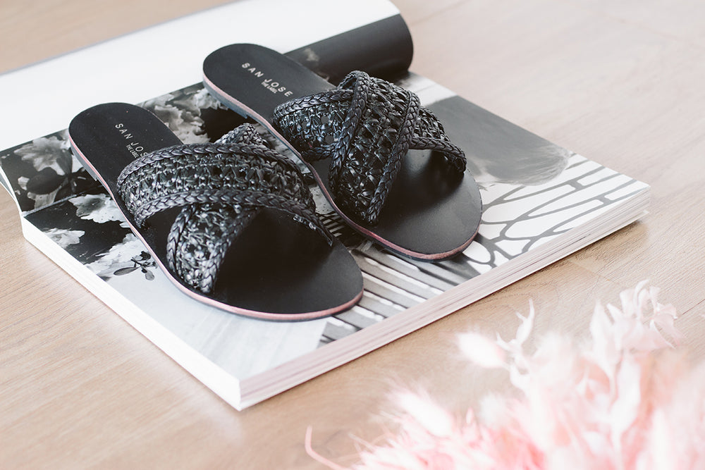 Antigua Woven Slides - Black