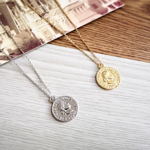 God Save The Queen Necklace [Pre order] -Nouveau Riche Boutique