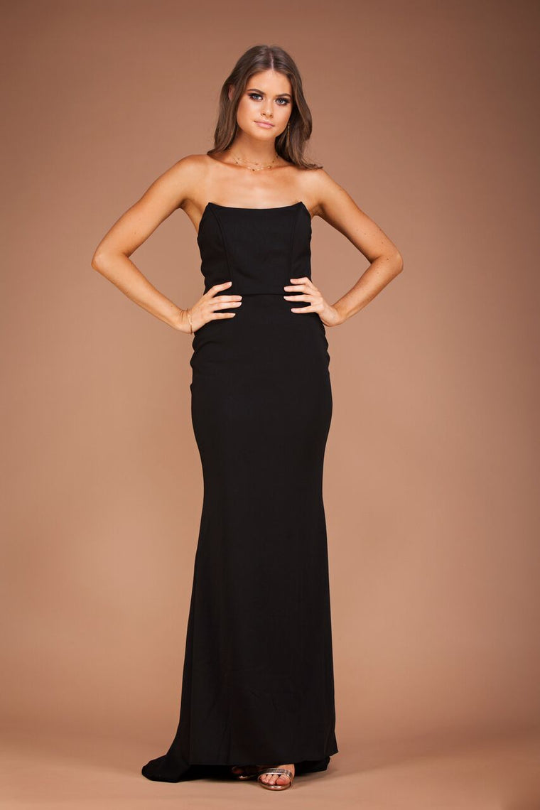 Jadior Gown - Black by Solace The Label